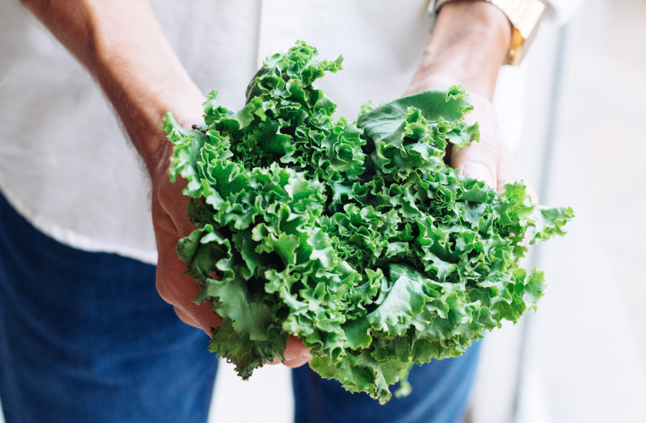 The insoluble fiber found in kale is also typically found in whole grains - which can be difficult for our digestive system to ingest causing stomach cramps and bloating.