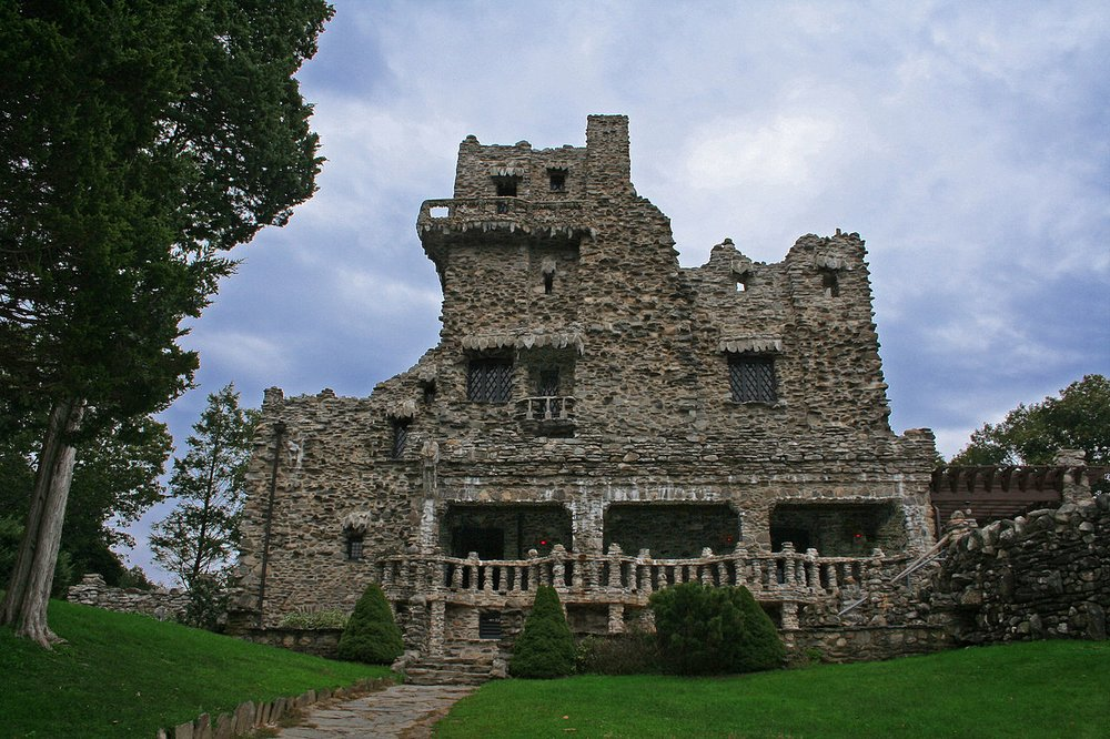 Fulfill your dream of becoming a princess or a royalty as you rent this century-old New England castle.