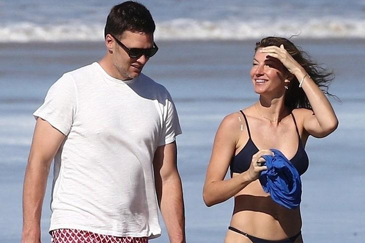 Gisele Bündchen & Tom Brady – Romantic Stroll In Costa Rica