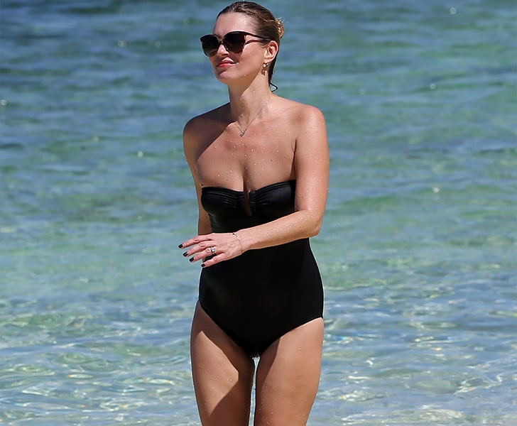 Kate Moss – Spends Quality Time With Family In Jamaica