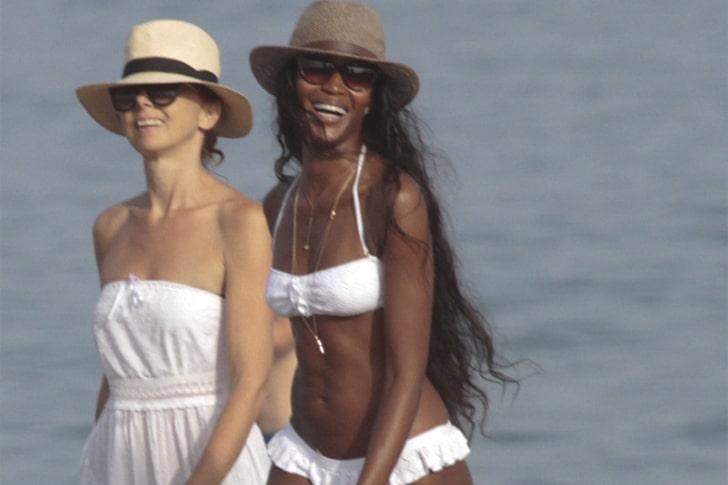 Naomi Campbell – Struts Along The Beaches Of Marbella