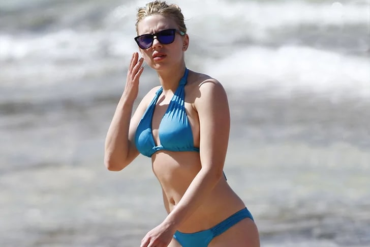 Scarlett Johansson, Nate Taylor & Friends- Chartered Boat Valentine's Day Vacation In Hawaii